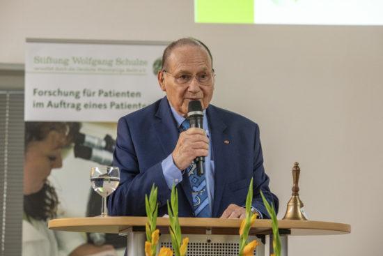 Dr. Helmut Sörensen