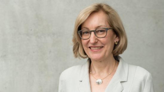 Prof. Dr. rer. pol. Angela Zink